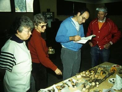 Marie Bailey, Kit Scates Barnhart, Dr. Joe Ammirati, and Leeds Bailey